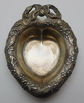 Vintage REED & BARTON Sterling Silver Heart Shaped Small Bowl