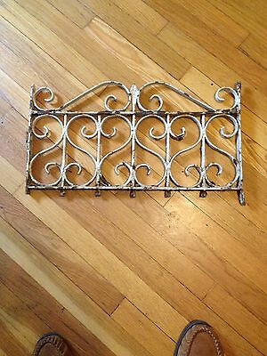 Antique Old Iron Weathered Fence Piece Garden/Wall Art Architectural Salvage