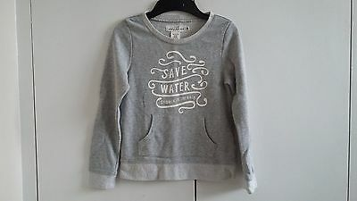 Girls H & M long sleeved grey top size 6-8 great used condition