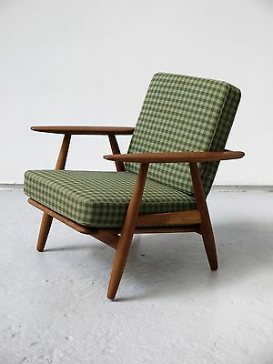 1960s VINTAGE ORIGINAL CIGAR CHAIR BY HANS WEGNER GETAMA DENMARK RARE TEAK & OAK