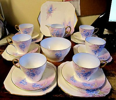 SHELLEY SUPERB  BLUE WISTERIA PATTERNED 21 PIECE TEA SET, c.1935