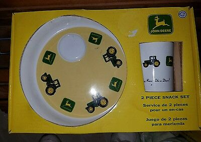 John Deere 2 piece snack set, NIB