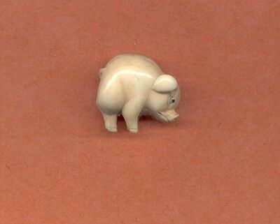 Pig  Hand Carved  Japanese Ojime Bead  Miniature Figurine 879
