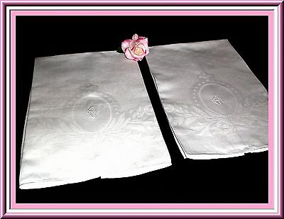 Stunning Vintage Huck Damask Towel With Great Design & Monogram