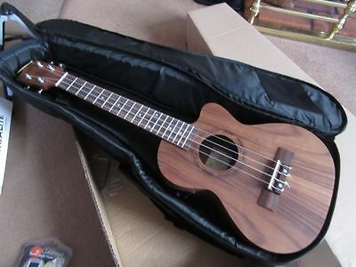 Tenor Electro Acoustic Ukulele, Padded  Gig Bag In Built Tuner. Rrp Over £200