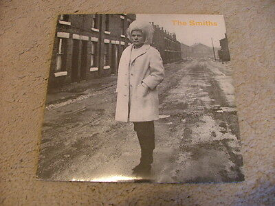 """THE SMITHS - Heaven Knows I'm Miserable Now - 1st Press 7"""" RT156 - VG+ SALE"""