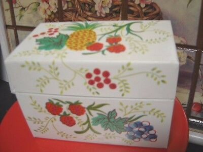 J Chen Co. Vintage Tin Metal Recipe Box Made USA Fruit Berries Grapes Pineapple