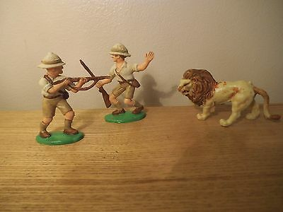 CHARBENS white hunters with Lion.