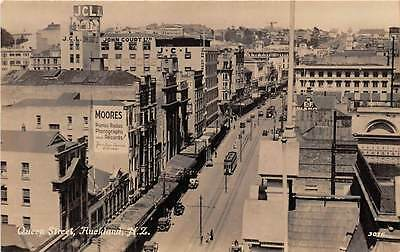 AUCKLAND, N.Z. QUEEN STREET OVERVIEW, TROLLEYS, PHONOGRAPH AD, RPPC, c. 1904-14