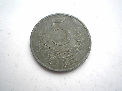EARLY WW11 -5 ORE COIN FROM DENMARK DATED 1942 nice