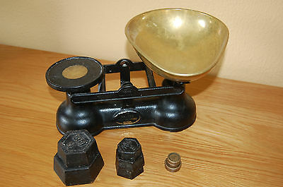 "Vintage ""SALTER"" Staffordshire Kitchen Scales with complete set 8 Metric Weights"