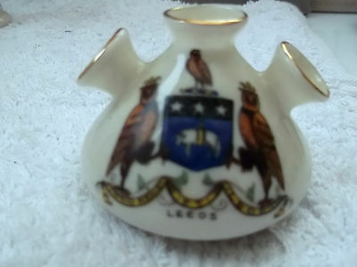 Vintage Arcadian China  Model Of An Ancient Egyptian Vase  Crested Leeds
