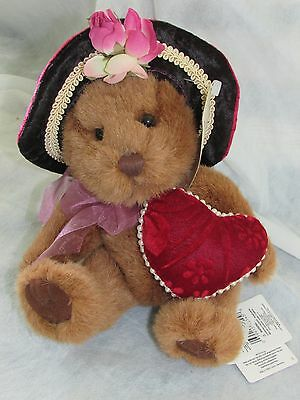 "**LOOK** BNWT NEW RARE Russ Berrie "" Dutchess "" Bear Plush Approx 8"" Height"