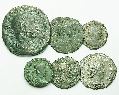 Interesting Selection Of Four Bronze & Two Silver Roman Coins (456U)