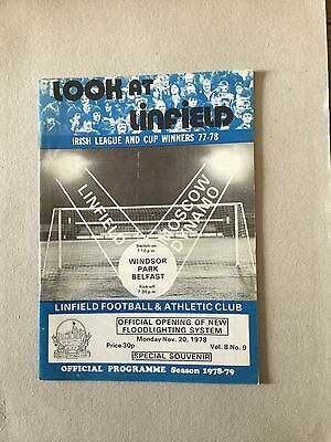LINFIELD v MOSCOW DYNAMO ( Opening Of Lights ) 1978.
