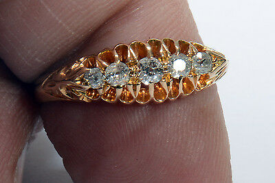 Beautiful Antique 18 Carat Gold Hallmarked Ring with FIVE Diamonds. 18ct Gold