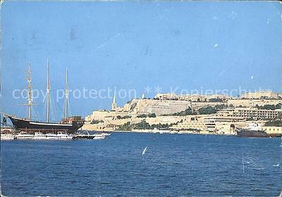 71821046 Valletta Black Pearl from Msida Creek Segelschiff Valletta