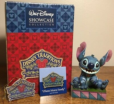 Jim Shore Disney Traditions - Stitch - Ohana Means Family