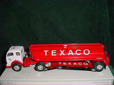 First Gear Texaco 5000 Gallon Aviation Tanker 1:34 Scale Collectible Truck Mib