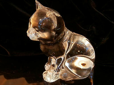 Vintage 80's  Clear Crystal Glass Cat Kitten Paperweight Very Cute 182my7
