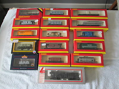 CLEARANCE Job Lot 16 x OO Gauge Boxed Wagons Hornby etc.