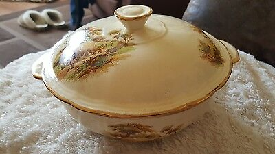 Vintage Circa. 1945 Alfred Meakin The Hayride turrin dish . Rare ..