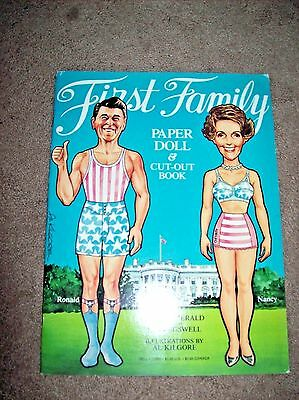 Vintage FIRST FAMILY Paper Dolls Ronald & Nancy Reagan & Family UNCUT 1982