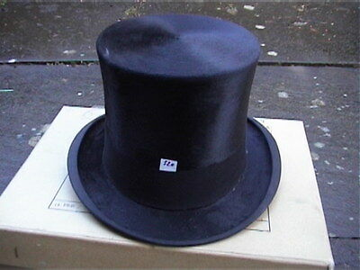 Silk Top Hat of the only Australian aviator to receive the VC in WW1
