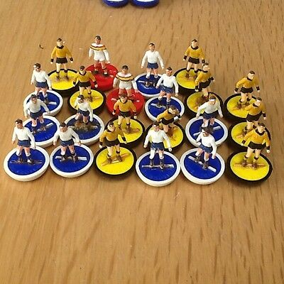 subbuteo large job lot, players, goalkeepers, literature, balls and accessories