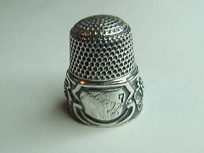3 Clusters Of Grapes Design - Simons Bros.co. Sterling Silver Thimble (#88)