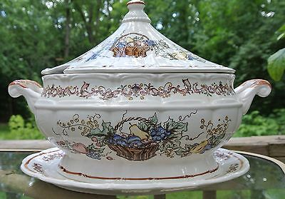 Vintage Soup Tureen, Made in Japan