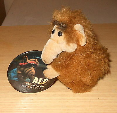 1980s TV ALF (Alien Life Form)  Button &  Clip-On Toy lot (2)