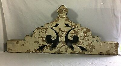 1(One) Antique Wood Corbel Bracket Victorian Gingerbread Malt Brown 388-17