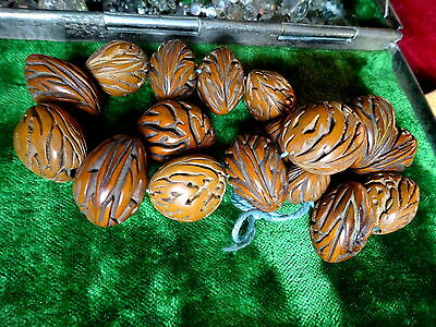 17 plainly Carved and nicely Polished peach Stone Prayer Beads Vintage/Antique