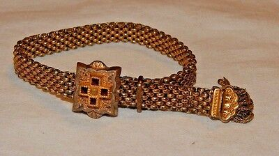 Beautiful Victorian gold filled ladies mesh bracelet with 4 small Garnets (?)