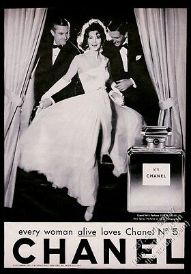 1962 Chanel No.5 perfume classic bottle woman 2 men photo vintage print ad 3