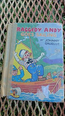 1941 Raggedy Andy Goes Sailing Lots Color Illustrations