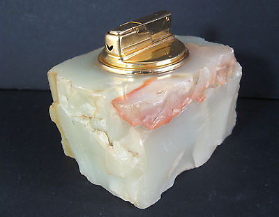 Green Onyx Table Lighter - working