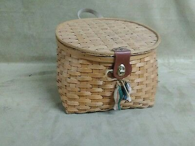 Handmade fish Basket Vintage Fancy Carved Bend Wood Swing Handle and lid