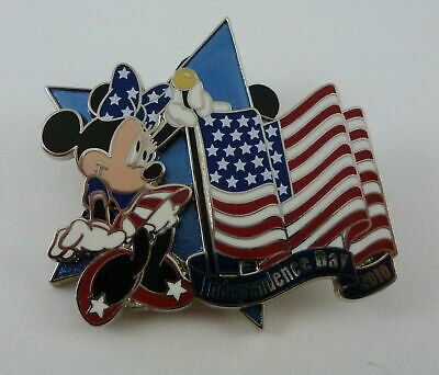 Disney Minnie Mouse Independence Day 2010 Limited Edition Pin