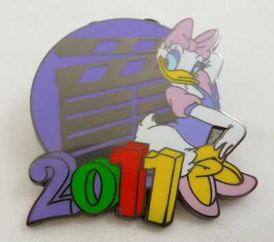 Disney 2011 Mystery Collection Daisy Duck Pin