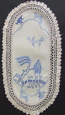 Hand Embroidered Vintage Sandwich Doily - Blue Willow Pattern - Crocheted Edging