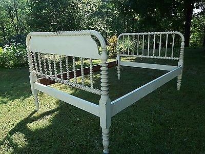 ANTIQUE c.1860  COUNTRY COTTAGE FULL SIZE BED, Spool Turned Hardwood Posts.