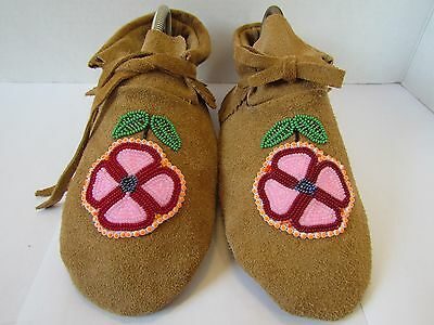 Genuine Native American Moccasins, Hand Made 9.5 Inches, Beautiful Bead Work