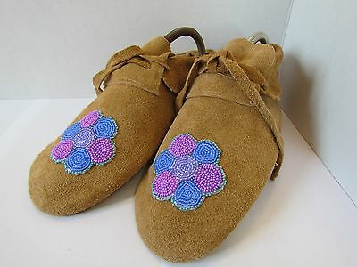 Native American Moccasins, Hand Made 9 Inches, Beautiful Purple Flower Beading
