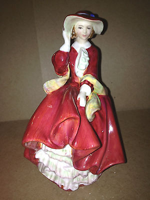 Vintage Retired Royal Doulton Porcelain Figurine Statue HN 1834 TOP O' THE HILL