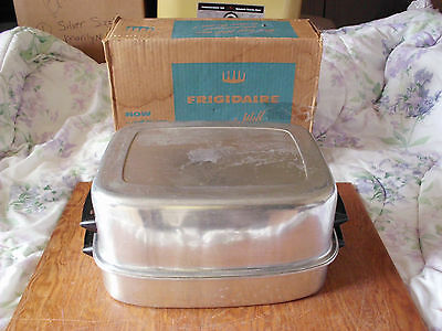 Vintage Frigidaire Radiant Wall Spatter Free Aluminum Broiler Grill W/box & Rack