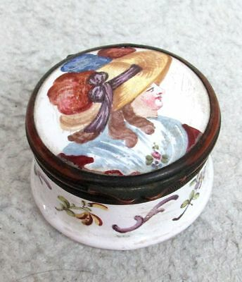 VERY NICE EARLY 19th CENTURY HAND PAINTED CERAMIC & BRONZE PILL BOX