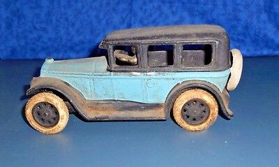 1932 BUICK SEDAN CAST IRON CAR Tires Marked REPUBLIC RUBBER YOUNGSTOWN OH
