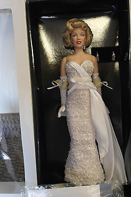 Franklin Mint Marilyn Vinyl Doll MOVIE DEBUT RARE White Lace Gown With COA!